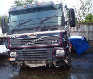 2002_VolvoFM12