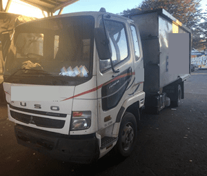 2008 Mitsubishi Fuso Fighter (2)