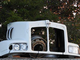 2008 T404S Kenworth Bonnet.