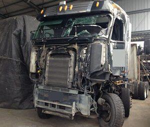 2012 Freightliner FRL Argosy (2)