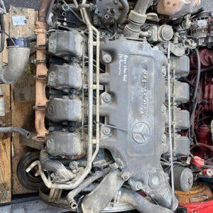 2015 V8 Mercedes Engine, Mains and big ends changed